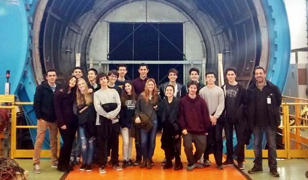 los alumnos de física de 2º Bach del colegio arturo soria visitaron la FIDAMC