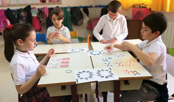Taller de Matemagia en 2º de primaria del Colegio Arturo Soriaq