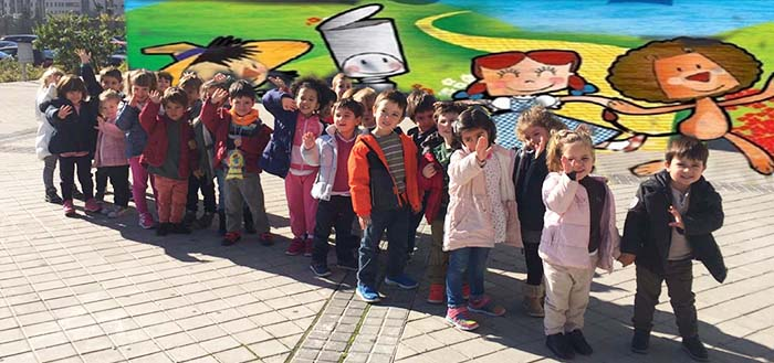 Los alumnos de Infantil del Colegio Arturo Soria en el teatro