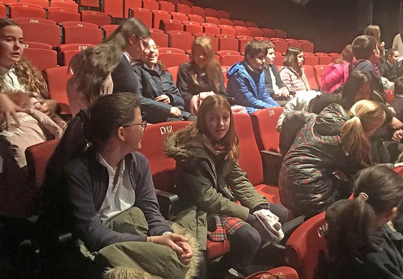 6º de Primaria va al teatro